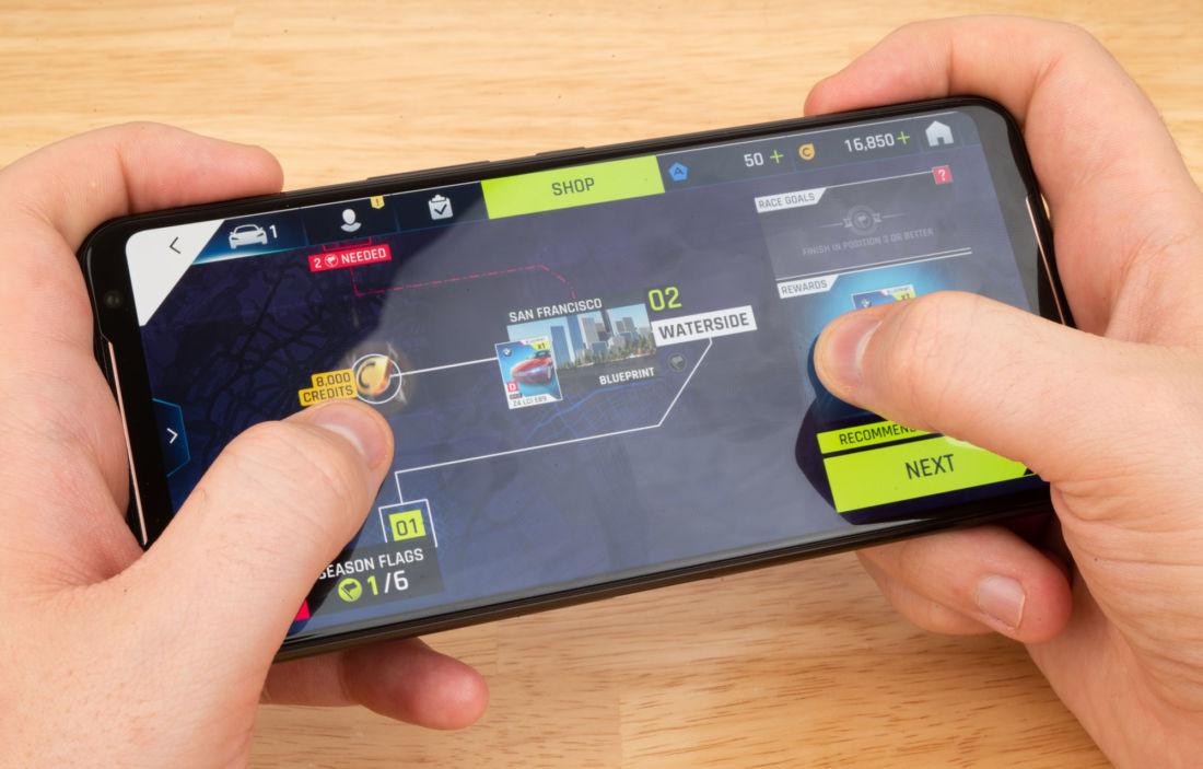 ASUS ROG Phone 2 เปิดขายวันแรกในจีน ทำสถิติ 10,000 เครื่องใน 73 วินาที | ข่าวโดย Tadoo
