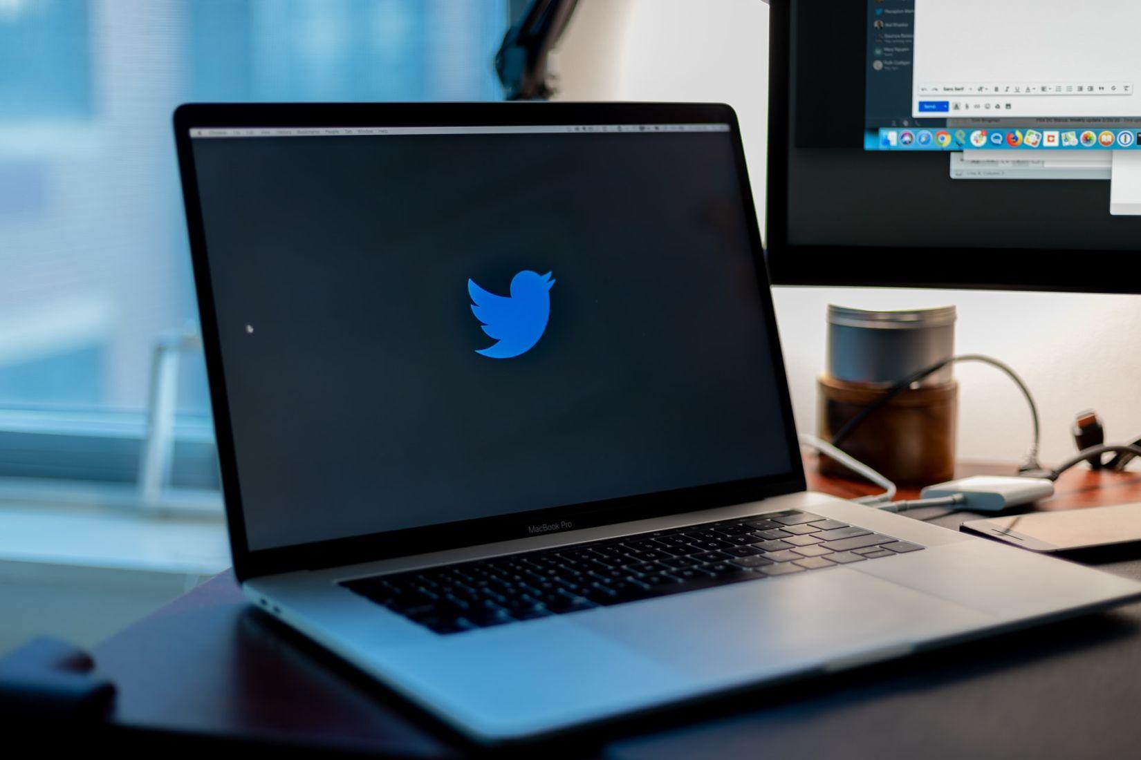 Twitter เปิดใช้ฟีเจอร์ใหม่ จำกัดคนตอบทวีตได้ตามต้องการ | Tadoo