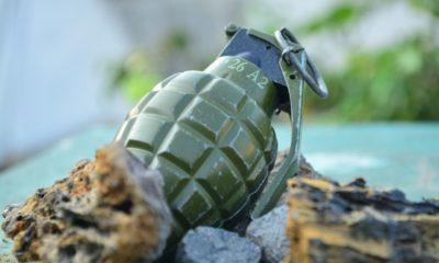 คนหาของเก่า พบระเบิดฝังใต้ทราย ก่อนเรียก EOD เข้ามากู้ | Tadoo